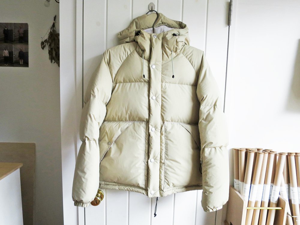 ENDS and MEANS / Down Jacket Beige エンズアンドミーンズ ダウンジャケット ベージュ