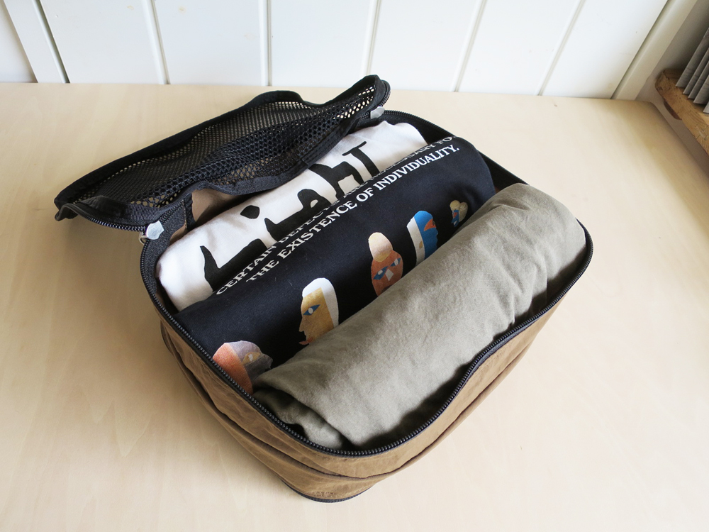 ENDS and MEANS Travel Pouch トラベル ポーチ
